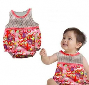 Romper model Balloon warna Cherry